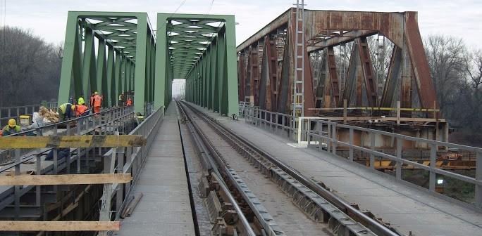 1 az 1 ben Tisza Híd Zrt.